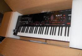 Korg PA4X 76 Ключов ориенталски аранжиращ клавиатура