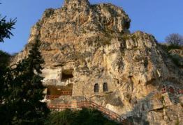 Ивановски скални манастири, Русе и Букурещ (от София)