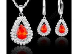 Сребърен комплект с огнени кристали