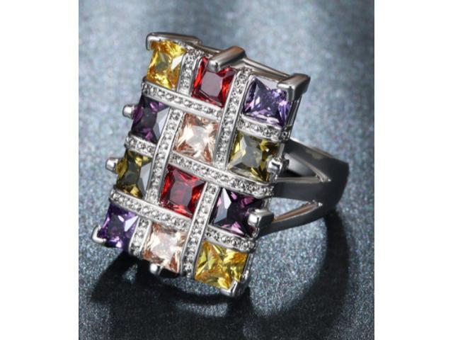 Сребърен пръстен със скъпоценни камъни